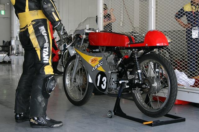 これはなんというオートバイでしょうか。